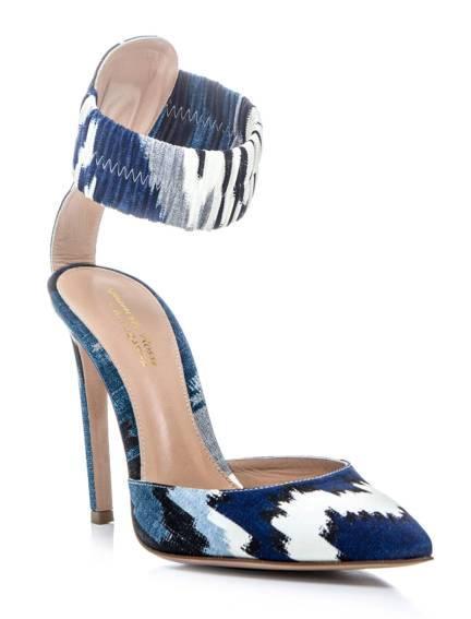 elle-09-altuzarra-blue-white-fantasy-print-ankle-strap-pumps-xln-lgn
