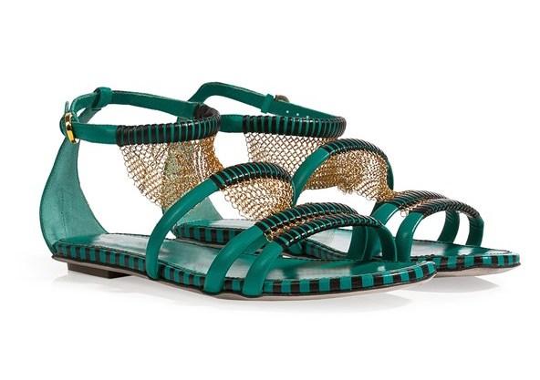 shoes06_V_19mar13_PR_b_592x888