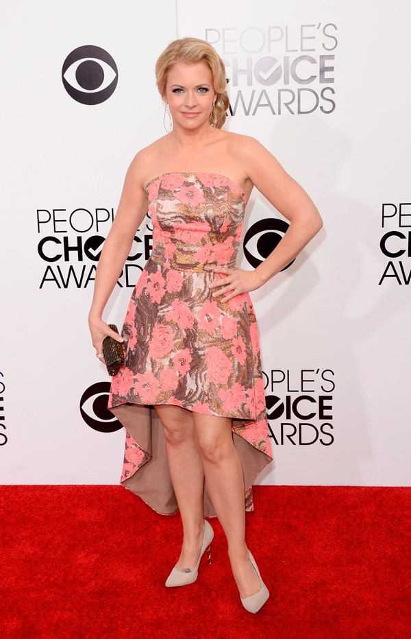 melissa-joan-hart-peoples-choice-awards-2014